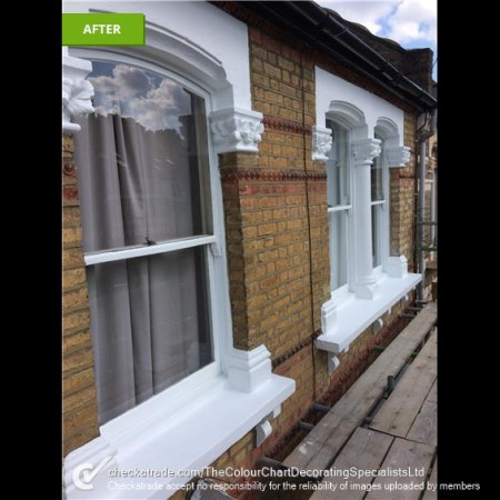 Painter and Decorator Covering Islington, London